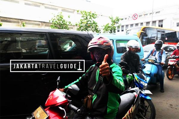 GoJek Driver in Jakarta on a Moto